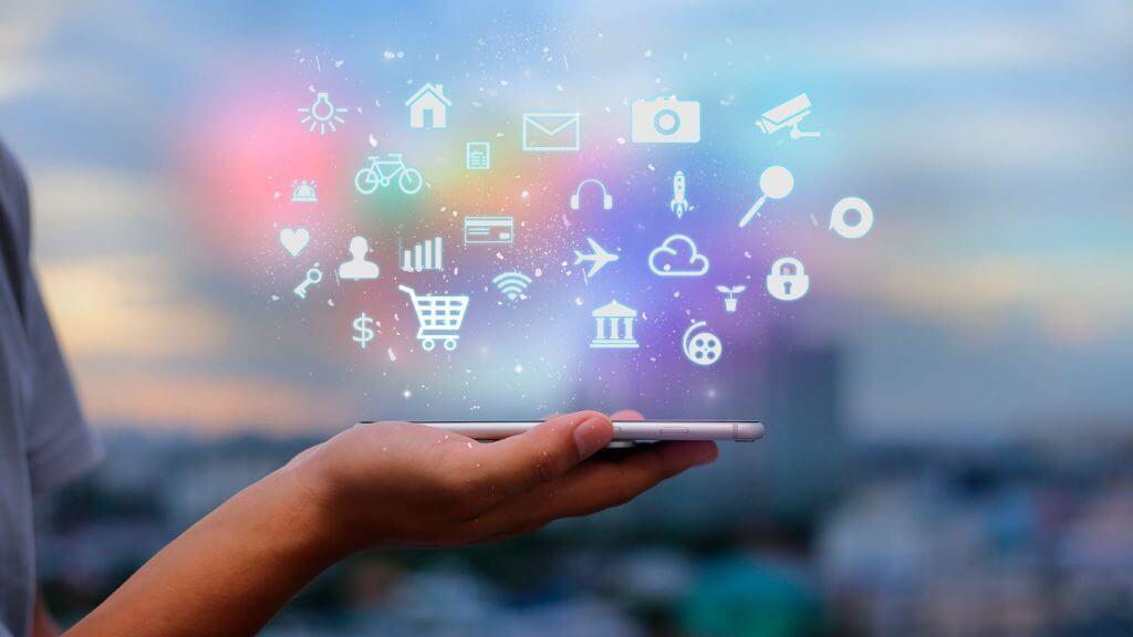 Aplicaciones móviles, uno de los servicios de marketing digital más cotizados