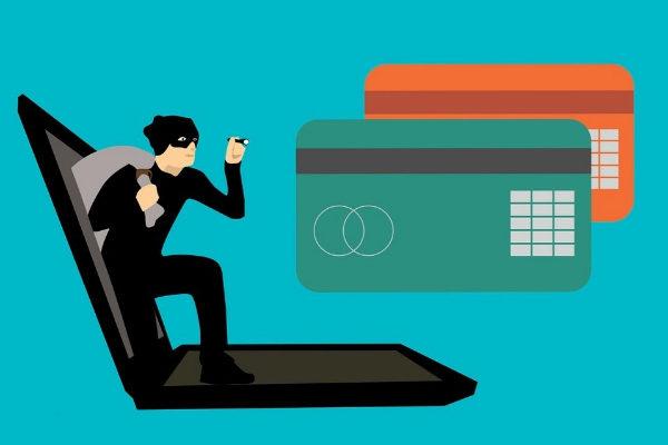 Aporta y revisa los datos necesarios en transacciones con tu tarjeta