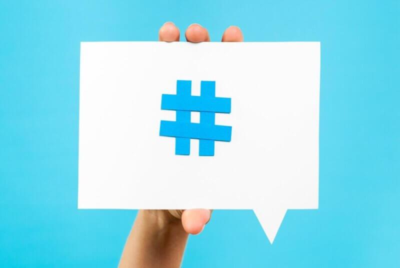 Utiliza hashtags y palabras claves